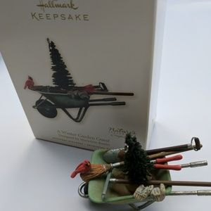 Hallmark 'A Winter Garden Guest' ornament